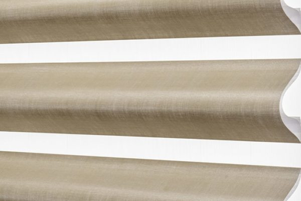 pirouette-satin-metallic-mica-PR14-601-angled-wide-mobile